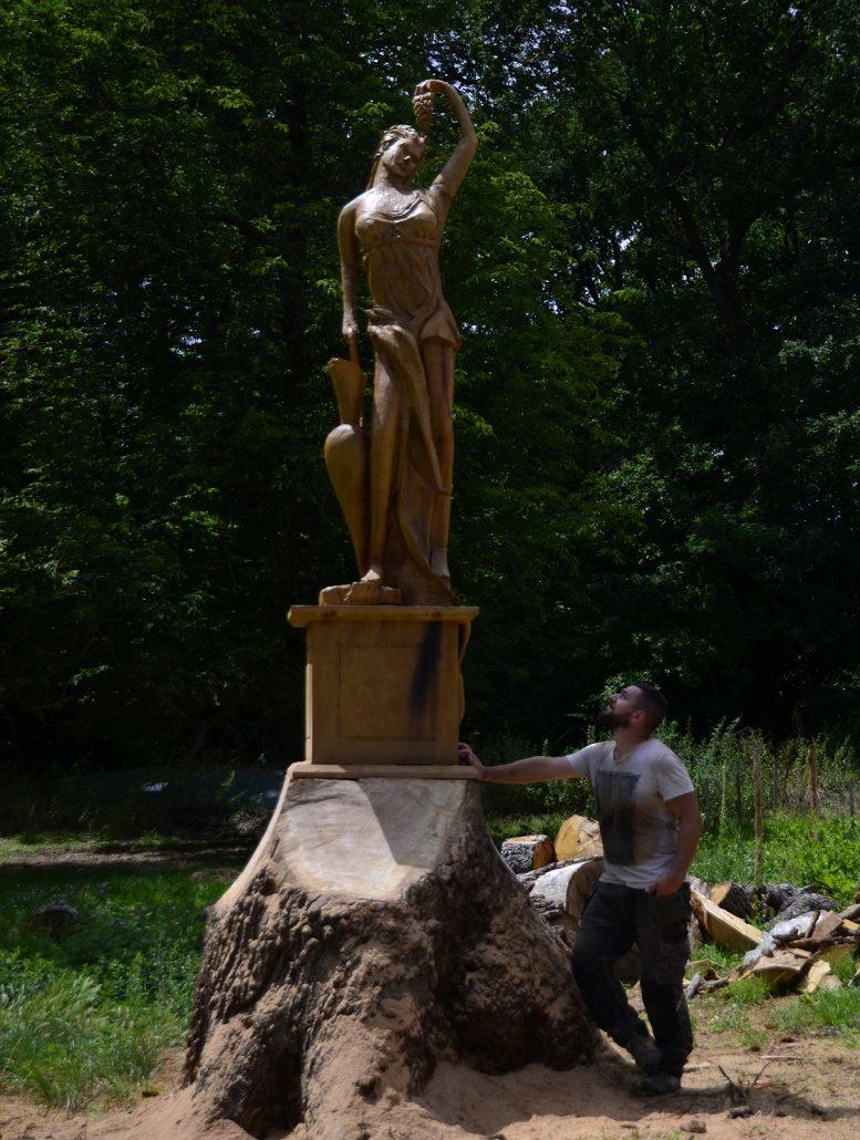 Sculpture-en-bois-Chateau-Nouret-Civrac-Medoc