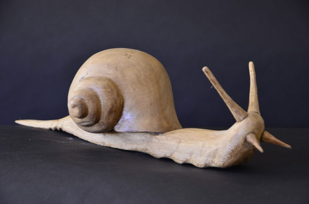 Sculpture-en-bois-animal